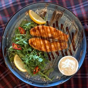 Стейк из норвежского лосося