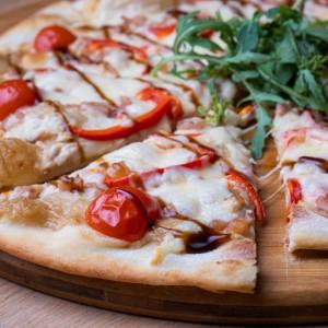 Пицца лакоста