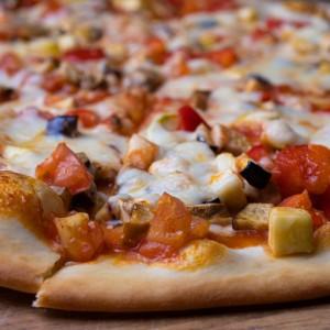 Фирменная пицца дача